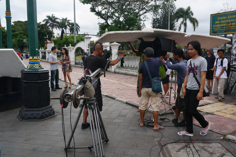 TV crew filming 'Love in Paris' in Yogyakarta!